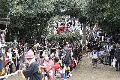 鴻八幡宮例大祭の様子